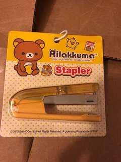 鬆弛熊釘書機