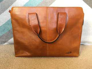 Condotti leather bag