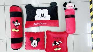 Mickey & Minnie Pillow Set
