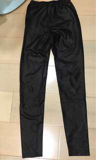 🚚 Milan Shop 韓國 加厚內刷毛超貼腿彈性腰仿皮內搭褲
