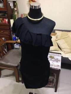 One arm dress