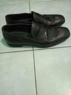 Original Prada leather shoes