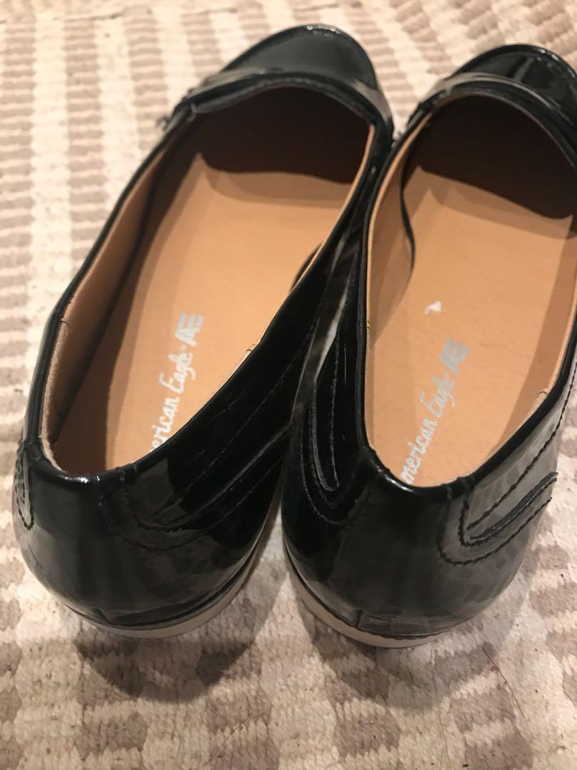 American Eagle patent loafers size 8