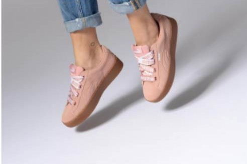 8cc099df36f9 Home · Women s Fashion · Shoes · Sneakers. photo photo ...