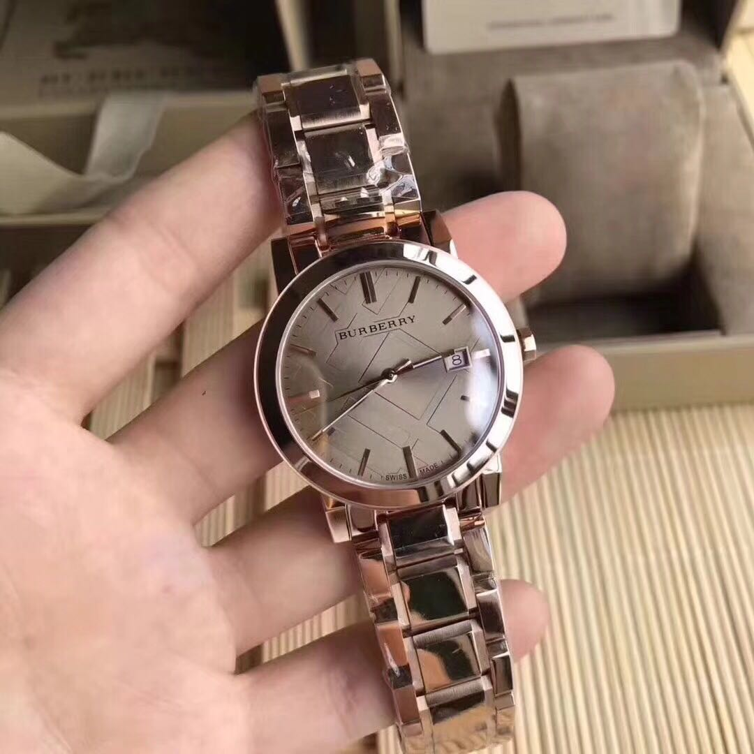 0b959d16105ab3 Burberry The City Rose Gold-Tone Ladies Watch Bu9039, Women's Fashion,  Watches on Carousell