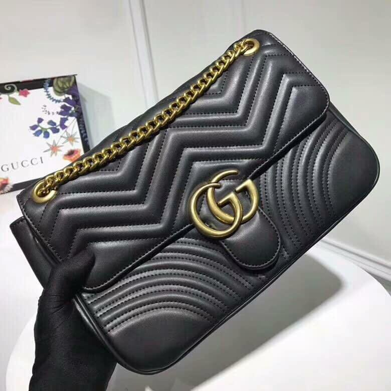 09c2c887b108 Gucci Marmont Large 31cm on Carousell