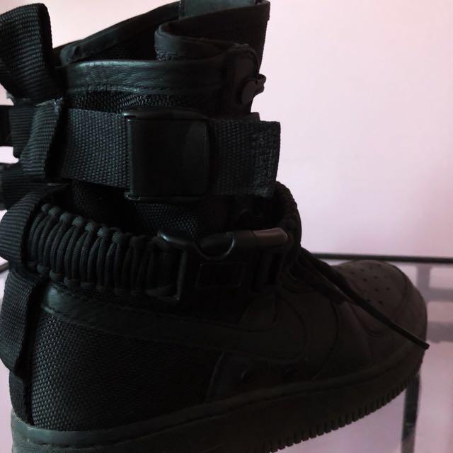 Nike SF AF1 (6.5)