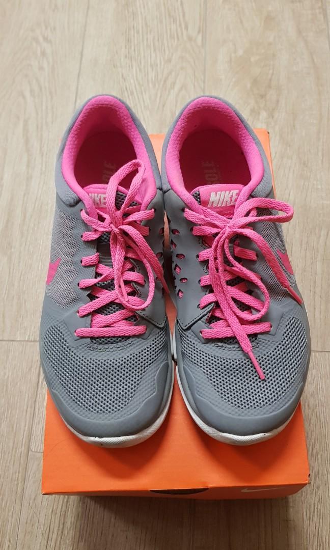 bf71ca908c7f Nike Sports Shoes