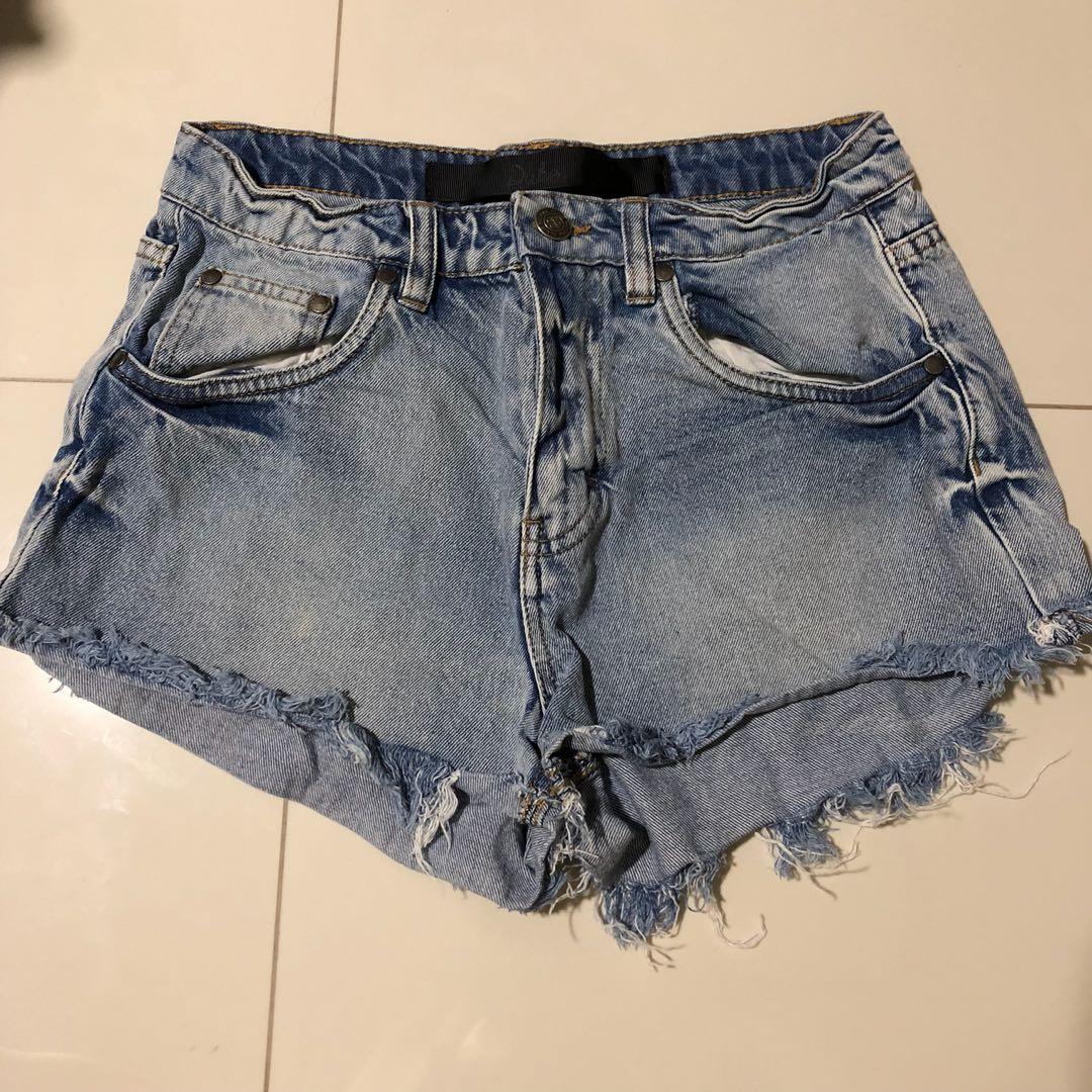 dc32d2171a PENDING)FACTORIE Duke Denim Highwaist Ripped Shorts, Women's Fashion ...