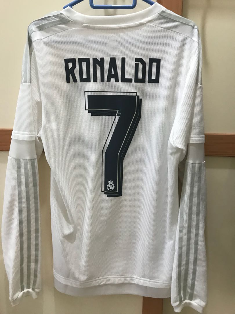 bb406819f Real Madrid home 15/16 size XS, Sports, Sports Apparel on Carousell