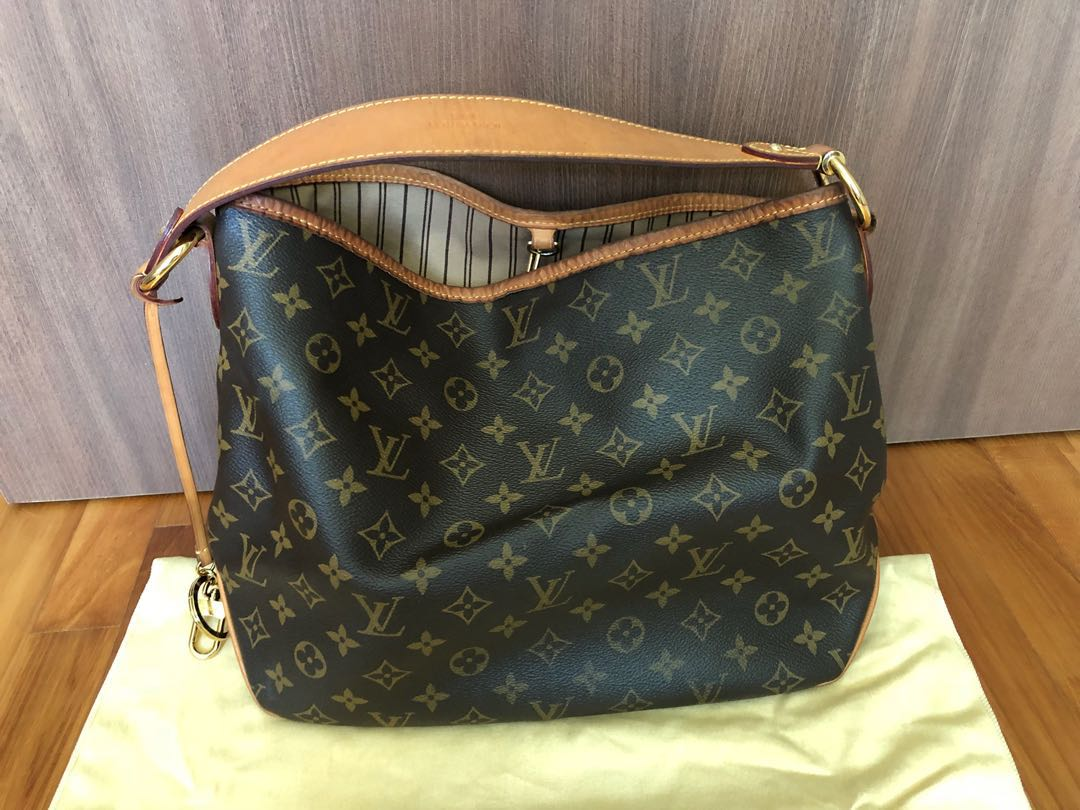 969f90cba8db   RESERVED   LV - Louis Vuitton Delightful PM