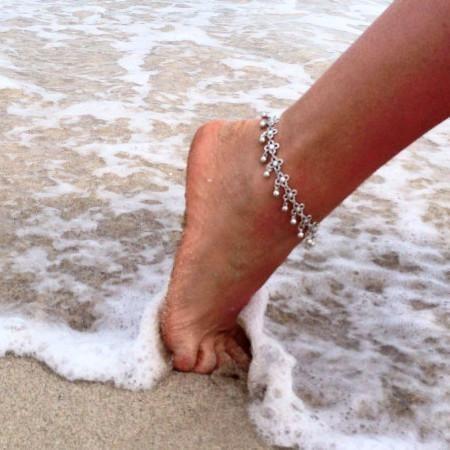 Womens flower anklet