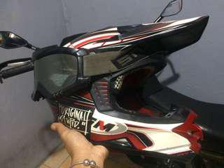 Helm GM supercross size L