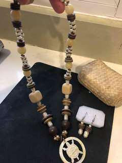 Set of handmade jewelry