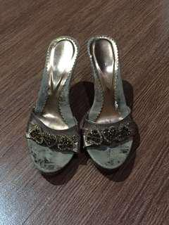 Heels Cantik / Heels Modern / Heels Sexy / Heels Murah / Heels Stylish