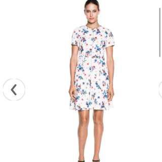 Cue Dress Size 8 bnwt