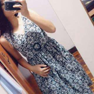 Black and white floral dinner midi dress #midsep50