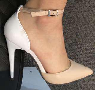 NUDE AND WHITE HEELS