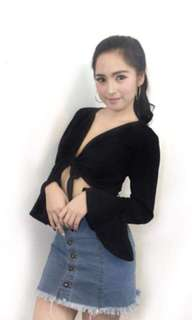 Black Elegant Overlap Top Long Belle Sleeve