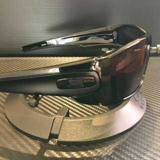 🚚 Oakley Fuel Cell Matte Black + Grey Lens