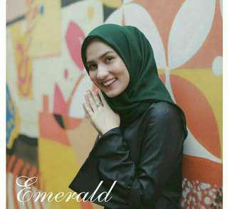 Hijab bella basic square