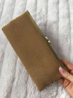 Gold clutch - stretchy