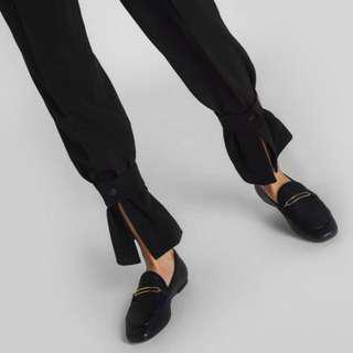 🚚 charles & keith金屬裝飾樂福鞋