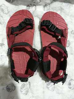 Authentic Sandugo sandals size 5