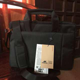 "Rivacase 8221 Laptop Bag 13.3"" Black"