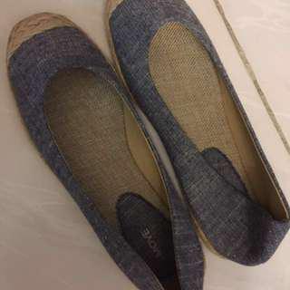 [減價]全新 牛仔布款 平底鞋 [Size:6]