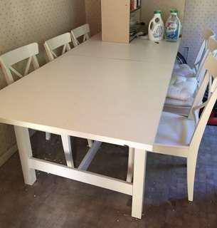 FREE large extendable table