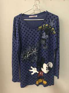 Uniqlo disney shirt