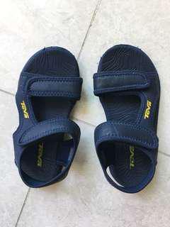 Teva sandal size EU29