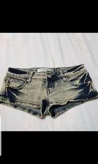 🚚 雙色超短褲