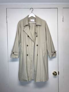 Oak and fort beige trench coat