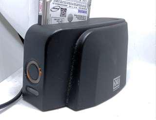 Hard disk toaster mount to PC with single dock USB3