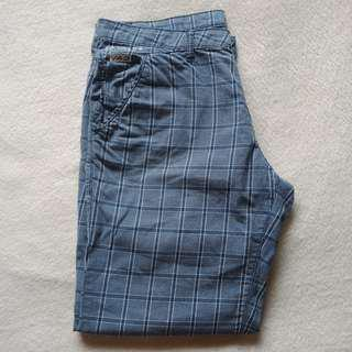 JAG Size 36 Blue Gray Plaid Walking Chinos / Shorts