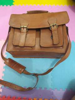 Postman bag leather