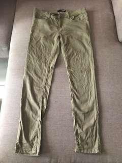 dressing paula army green skinny jeans #postforsbux