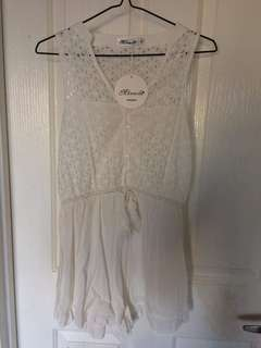 Size 8 Miracle white playsuit