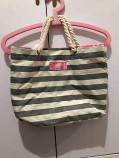 Beauty Hand Bag