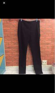 H&M with side zipper stretchable