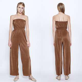 VGY MALIN MACRO PLEATED JUMPSUIT IN CAMEL