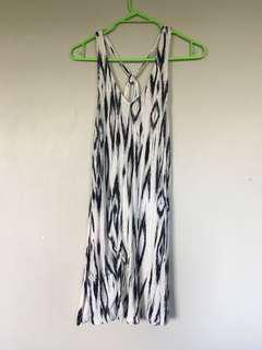 Black and Whit Dress