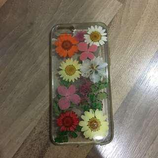 Forever21 Press flowers phone case