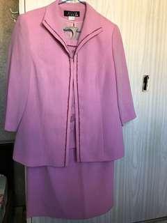 女裝三件套裝(外套+短袖+半截裙)