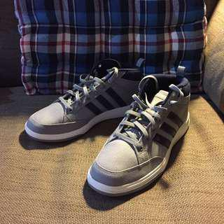 Adidas 網球鞋