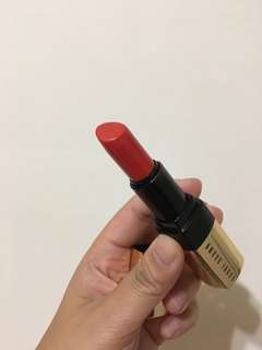 🚚 Bobbi brown 唇膏9成新 40 flame 紅唇必備