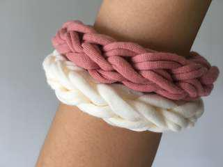 🚚 White and pink fabric bracelets, braided bracelet, knitted bracelet