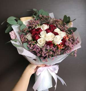 20 red and cream roses, berries, Caspia Bouquet